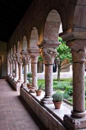 Colonnade in Reverse