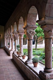 Colonnade in Reverse